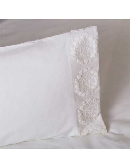 almohada funda nordica bordada
